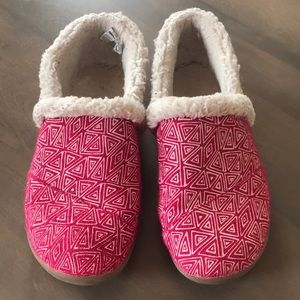 Girls TOMS Slippers